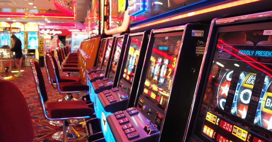 Cum folosesc cazinourile online cea mai nouă tehnologie